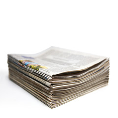 Grosser Zeitungsstapel