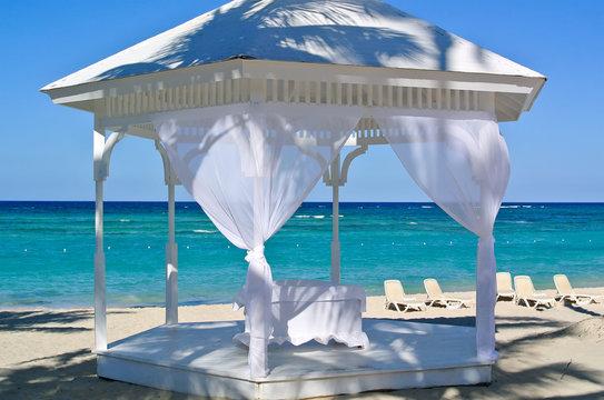 Wedding arbor by the sea