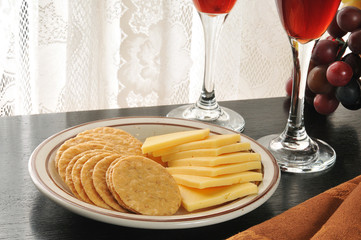 Gouda cheese and crackers