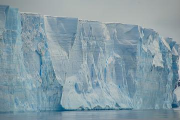 Fototapete - huge iceberg in antarctica