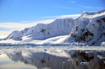 Wall Mural - antarctic mountains in full sun