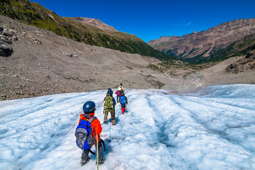 mountaineering school for children