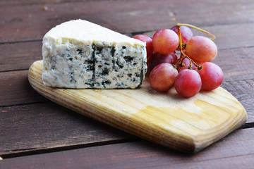 cheese and red grapes