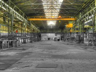 Damals und Heute Fabrikhalle DDR