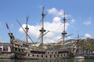 Türaufkleber Schiff Galeone Neptune old wooden ship, tourist attraction in Genoa