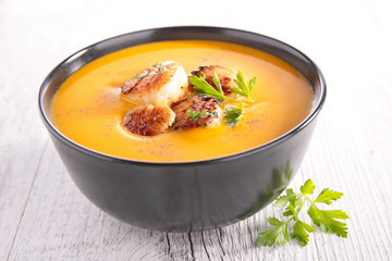 pumpkin soup and scallop
