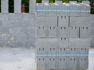 Pallet with concrete blocks for external walls