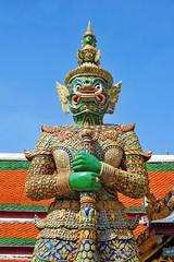 Obraz Giant Statue at Wat Phar kaew - fototapety do salonu