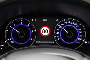 Tacho 80km/h