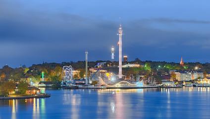 Vergnügungspark Stockholm beleuchtet