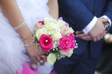 Bride, Groom & Bouquet
