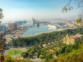 Ausblick auf den Hafen Malaga