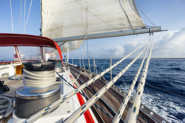 Fototapete - rope on sail boat