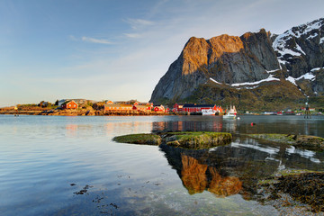 Wall Mural - Scenic town of Reine on Lofoten islands in Norway