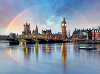 Photo sur Plexiglas Londres London with rainbow - Houses of parliament - Big ben.