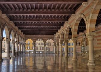 Loggia del Lionello im Rathaus von Udine, Friaul, Italien