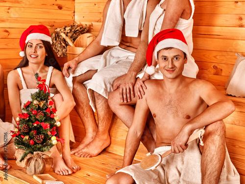 фото люди в сауне