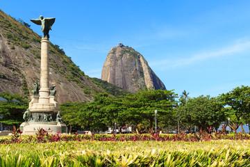 Mountain Sugarloaf General Tiburcio square Monument, Rio de Jane