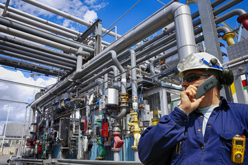 refinery engineer with pipelines constructions