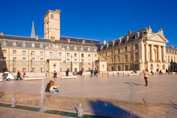 Dijon, place de la libération, palais des ducs de Bourgogne