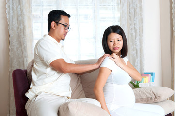 Asian man massage for pregnant wif