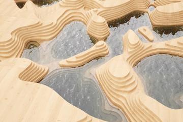 Abstrakte Landschaft mit Bergen aus Holz
