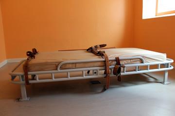retraining psychiatric patients