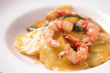 Ravioli and shrimp starter