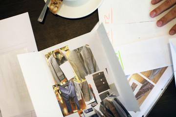 Mode Winterkollektion präsentieren