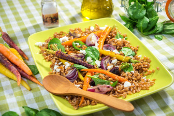Wall Mural - Healthy Salad with Spelt, Vegetable and Feta