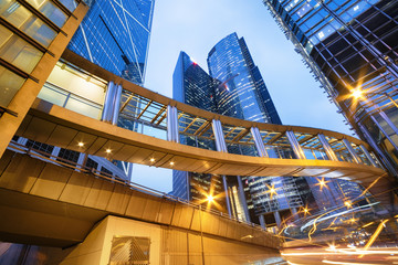 Foto op Aluminium Hong-Kong Office buildings in central Hong Kong at night.