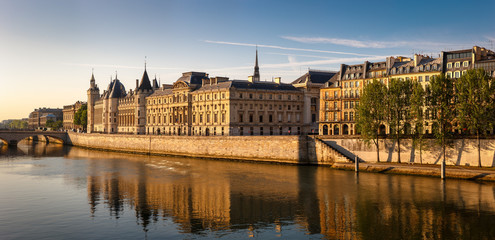 Glowing morning light on the Conciergerie and the River Seine, P
