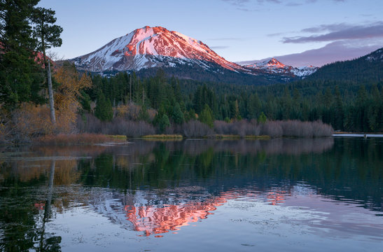 Lassen Peak National Volcanic Park Manzanita Lake Sunset