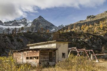 Umweltsünden im Gebirge