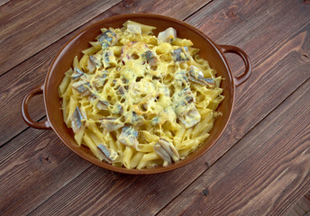 Baked pasta penne with mackerel