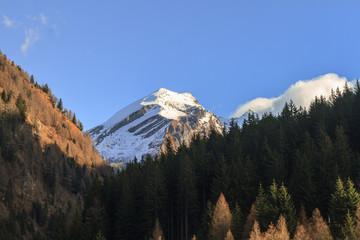Wall Mural - Berggipfel in Tirol - Herbst