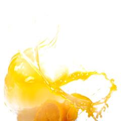 Брызги апельсинового сока