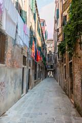 Linge suspendu pendu ruelle Venise