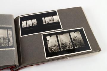 Album geöffnet mit 2 Bildern