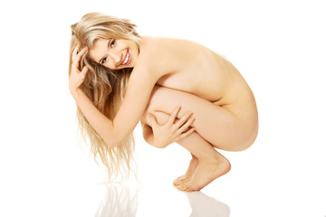 nude-girl-on-haunches