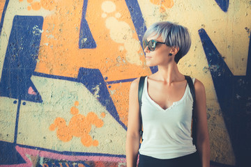 young beautiful short blue hair hipster woman Fototapete