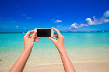 Closeup telephone background turquoise sea