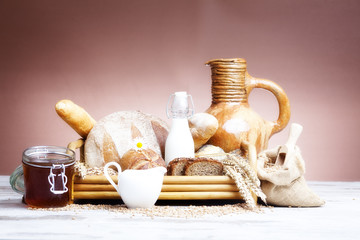 bread, bread rolls and breakfast items