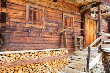 traditionelles altes Bauernhaus