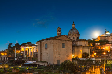 Wall Mural - Full moon over the Forum Romanum