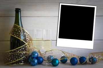 Fondo de Navidad y año nuevo con botella y espacio para foto