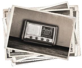 Fototapete - Black and white photos, Old photos Vintage fashioned radio
