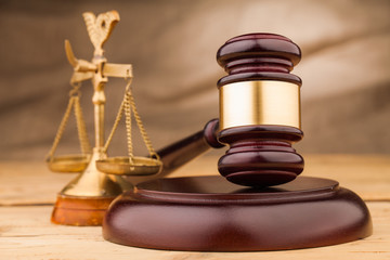 judge gavel  and scales on table