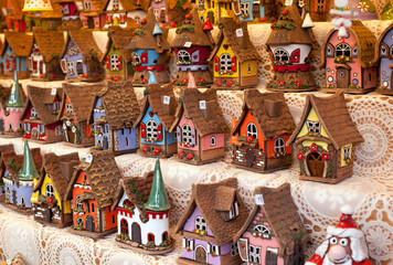 Sale of reproductions of small houses typical German.