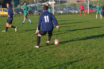 dribble football amateur match